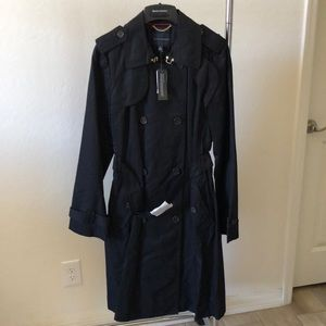 """New Banana Republic """"The Essential Trench"""""""